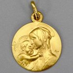 Medaille Vierge A L Enfant Boticelli Or Jaune 18 Carats 110 111