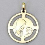 medaille-vierge-a-l-enfant-camille-or-jaune-18-carats